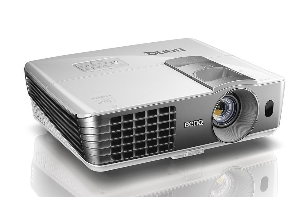 Best Projectors For Outdoor Movies 2017 3