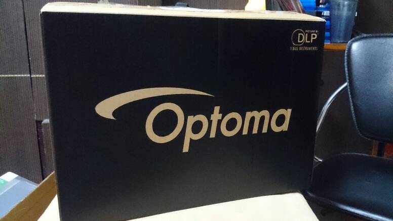 Optoma HD141X Vs Benq W1070